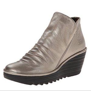 Fly London Metallic  Yip Boot Lead 40